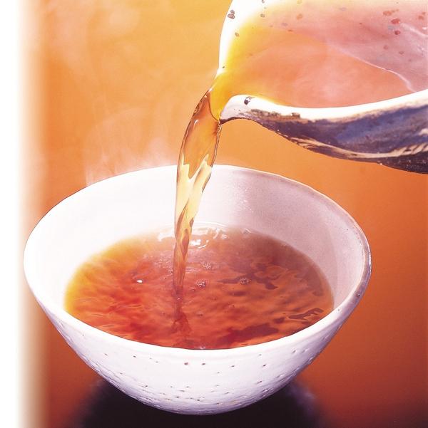 日本料理ならではの出汁を使った特製つゆ